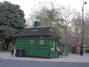 Cabmen's shelter in Russell Square