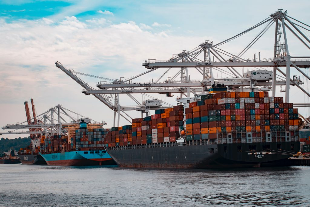 Shipping foreign trade import Covid