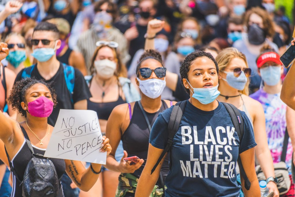 Black lives matter protest covid mask