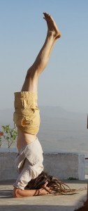 James Mallinson, yoga, headstand, India,